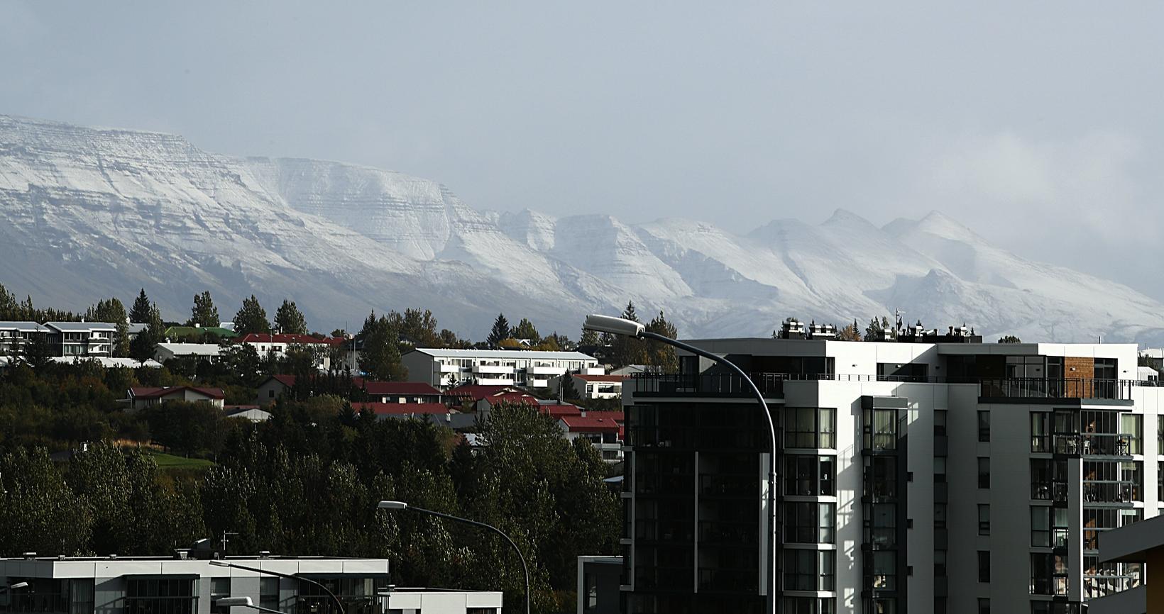 Esja mountain, seen from Reykjavík, this morning.