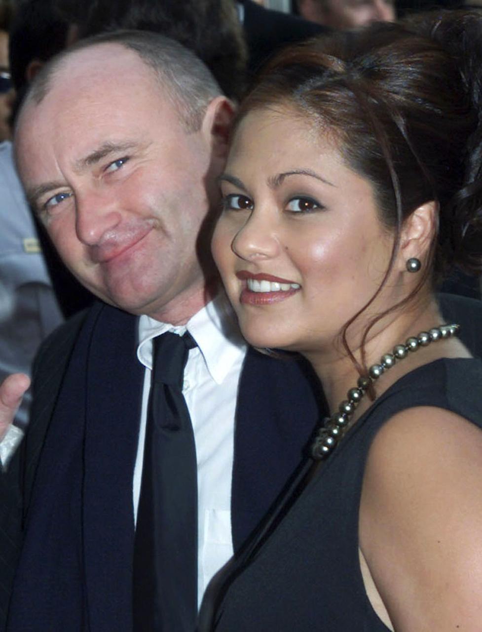 Phil Collins og Orianne Cevey árið 2001. Hjónin tilkynntu um …