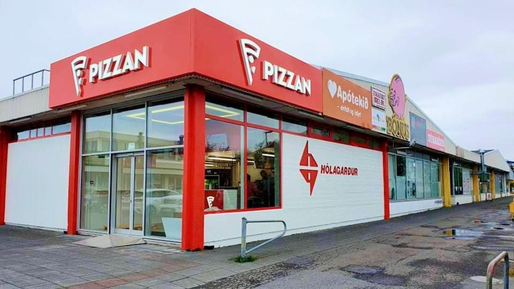 Pizzan hækkaði um 35 æti milli ára í könnun MMR.