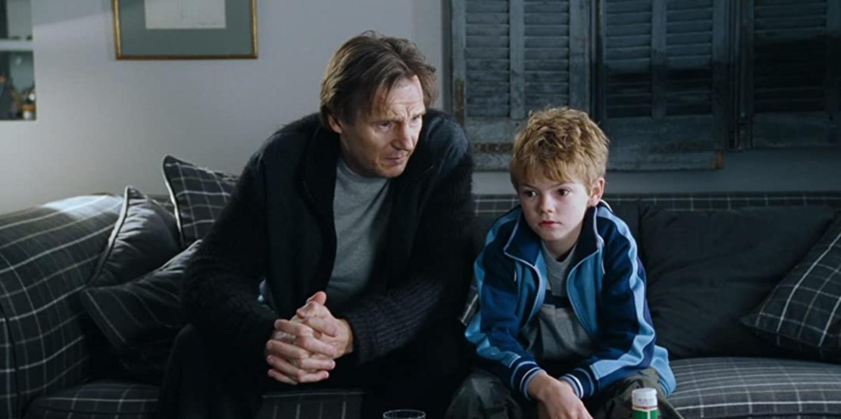 Thomas Brodie-Sangster lék son Liam Neeson í Love Actually.