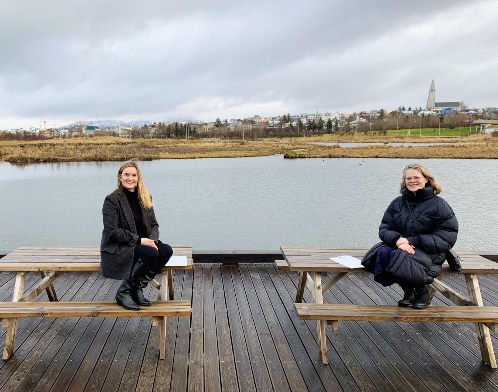 Ragna Sara Jónsdóttir og Tinna Gunnarsdóttir.