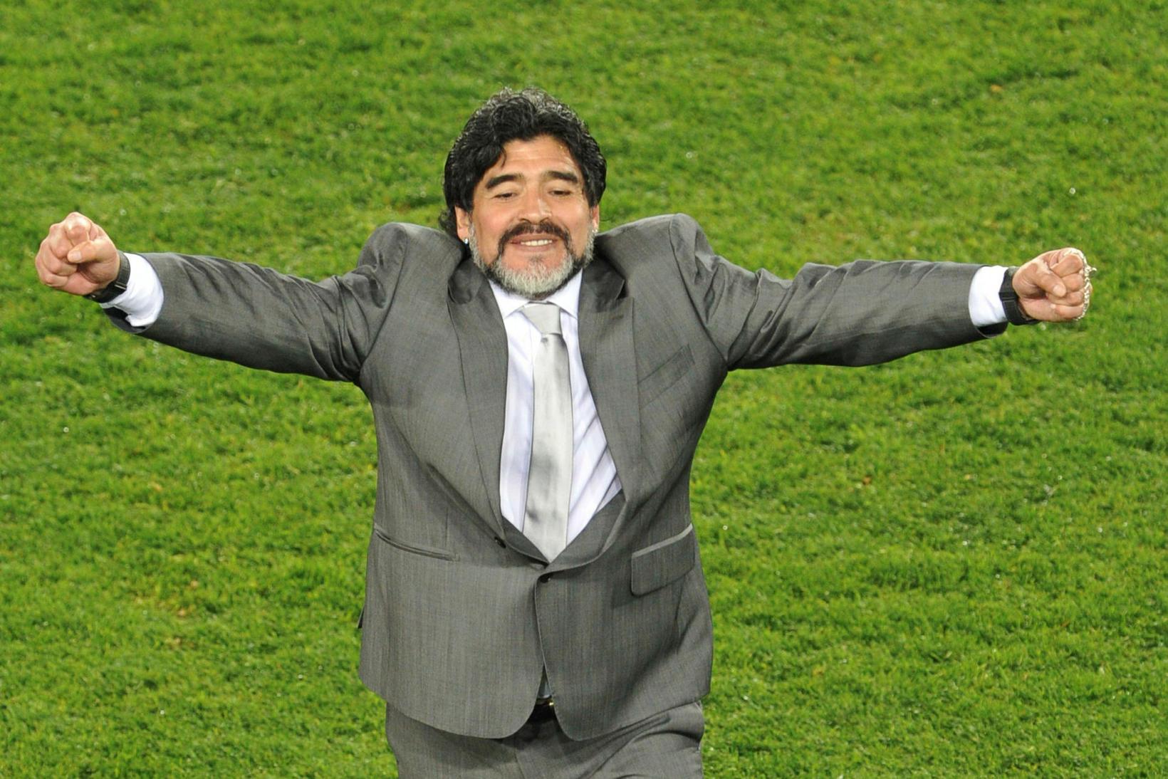 Maradona var ekki einungis snillingur inn á vellinum heldur einnig …