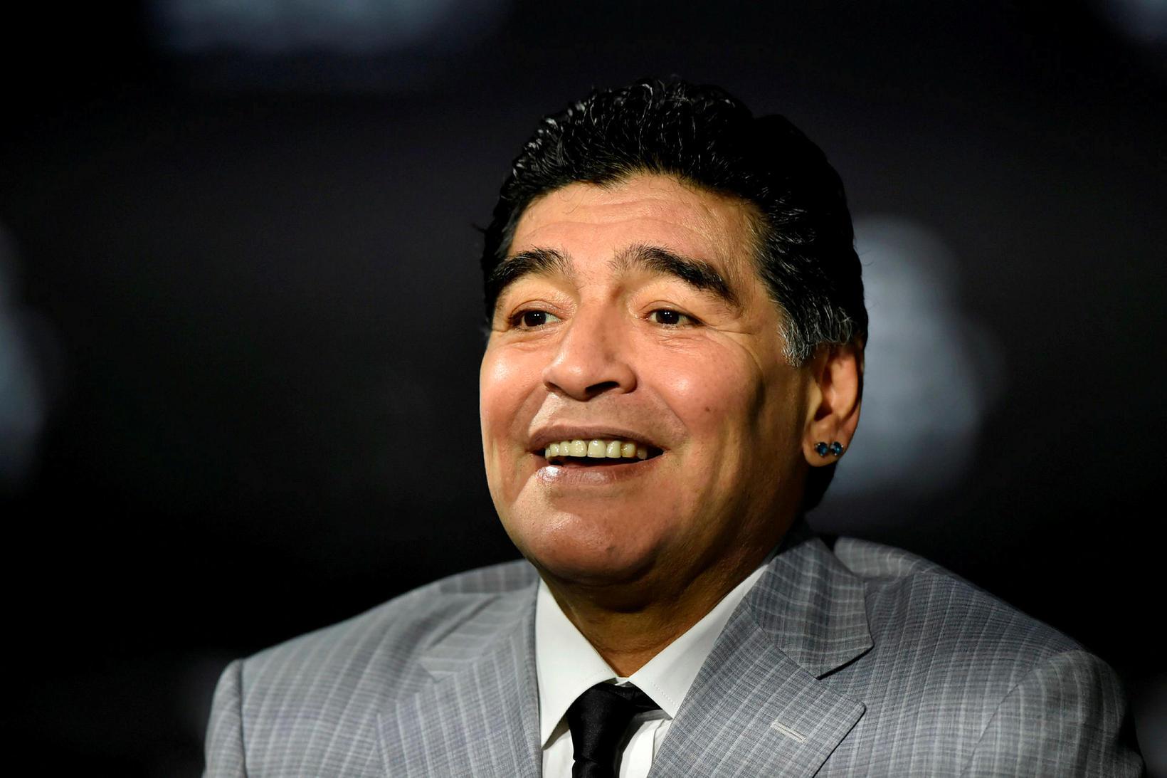 Diego Maradona var einn dáðasti knattspyrnumaður allra tíma.