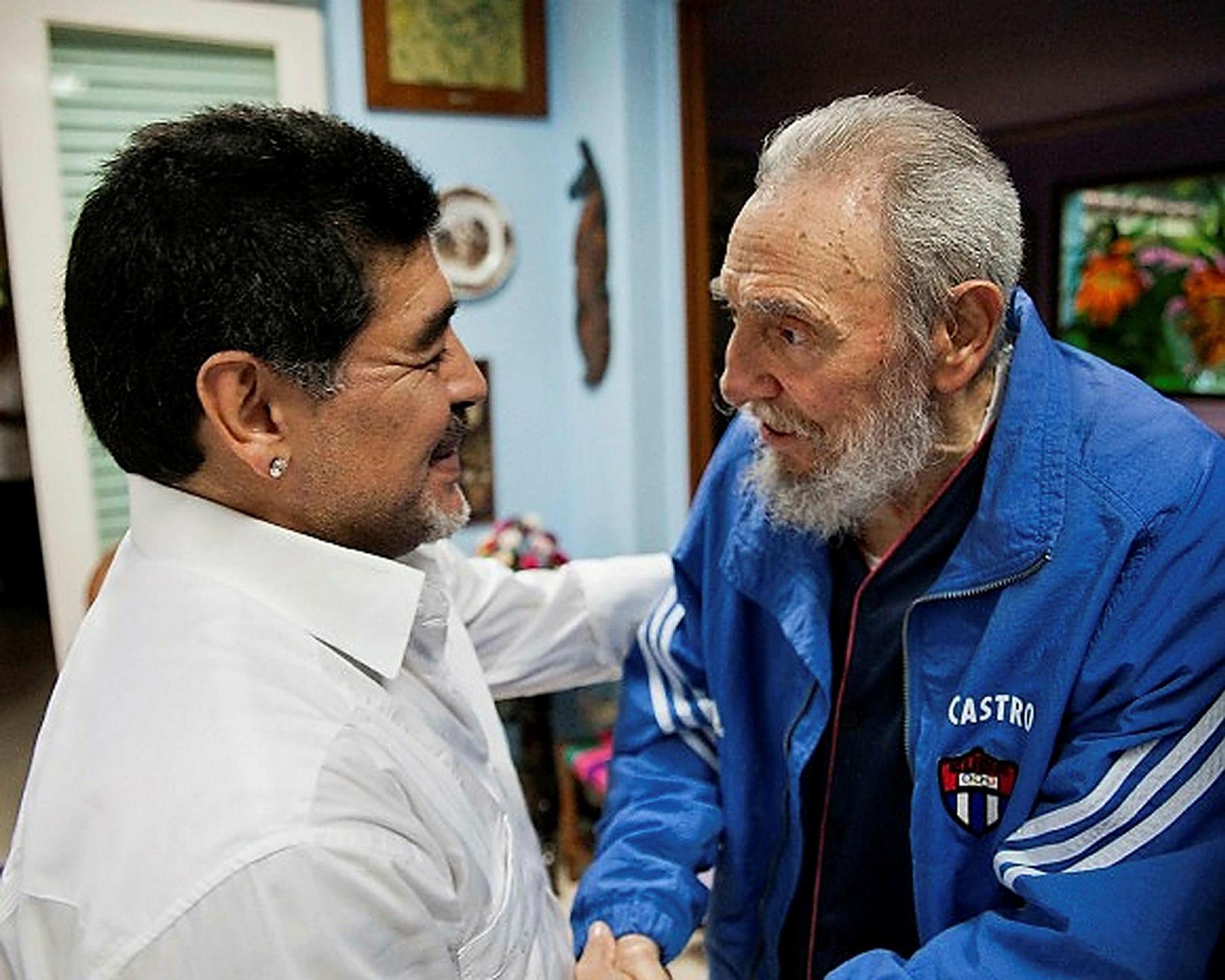 Maradona og Fidel Castro árið 2013.