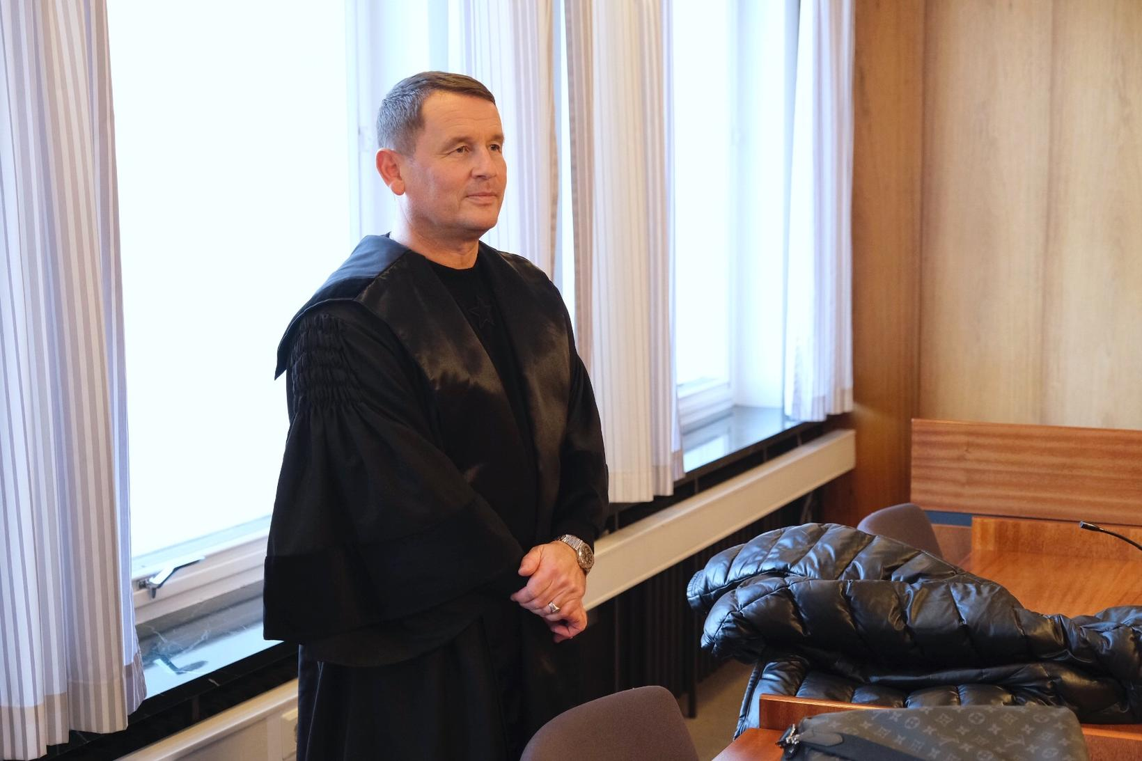 Vilhjálmur Hans Vilhjálmsson lögmaður Jóns Baldvins Hannibalssonar.