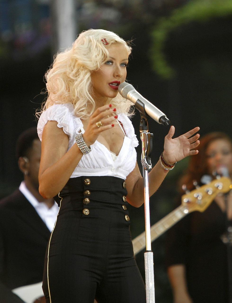 Christina Aguilera á sviði í New York árið 2006.
