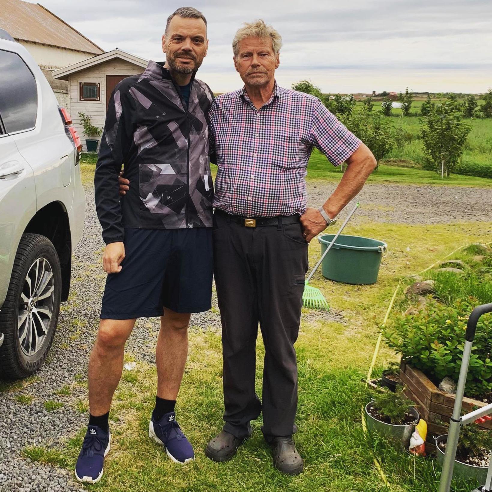 Björn Ingi með Hrafni föður sínum sem á afmæli á …
