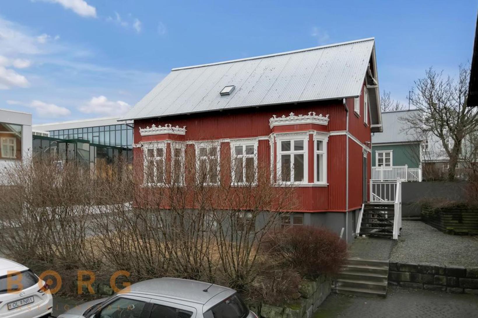 Bókhlöðustígur 10.