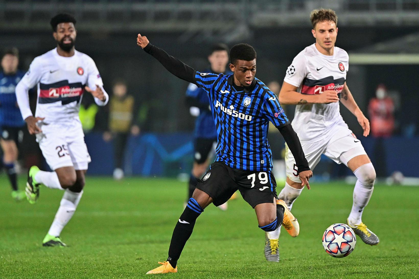 Amad Diallo, 18 ára kantmaður, er kominn til Manchester United …