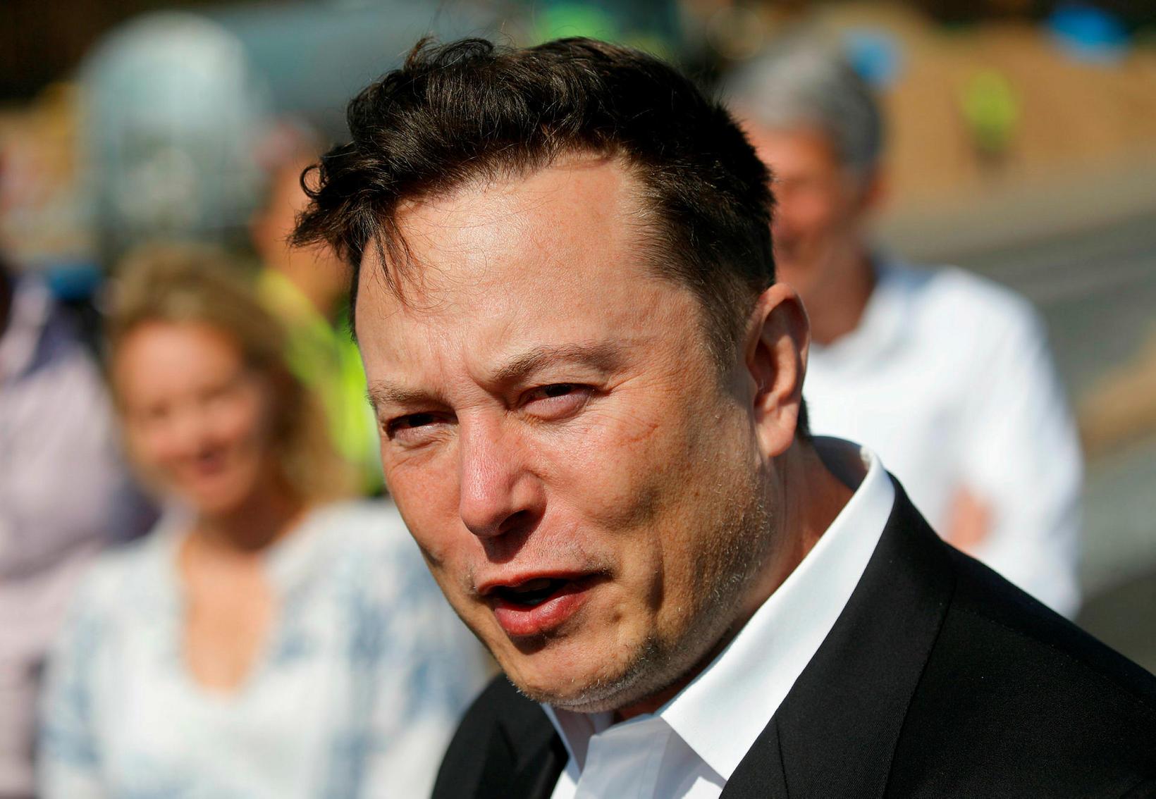 Elon Musk er ríkasti maður heims og hefur mikinn áhuga …