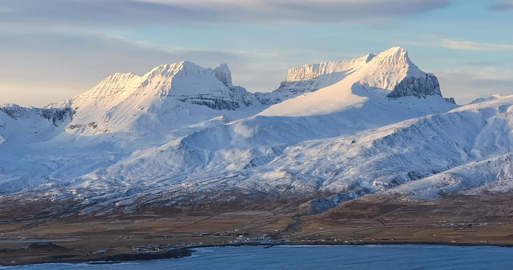Fegurðin í íslenskri náttúru er ekki eingöngu bundin við sumarið, …