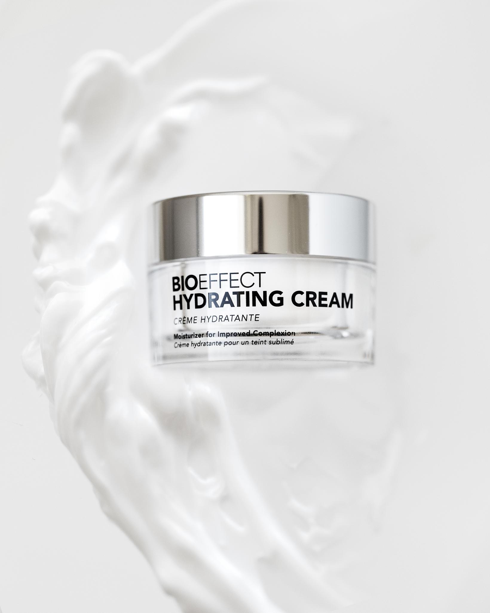Hydrating Cream frá BIOEFFECT kom á markað í dag.