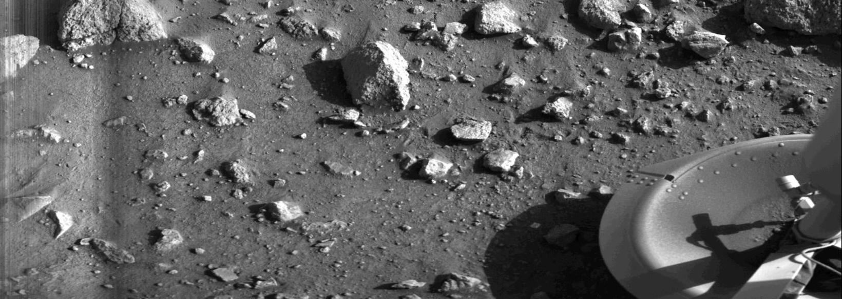 Fyrsta ljósmyndin sem tekin var á Mars. Árið er 1976 …