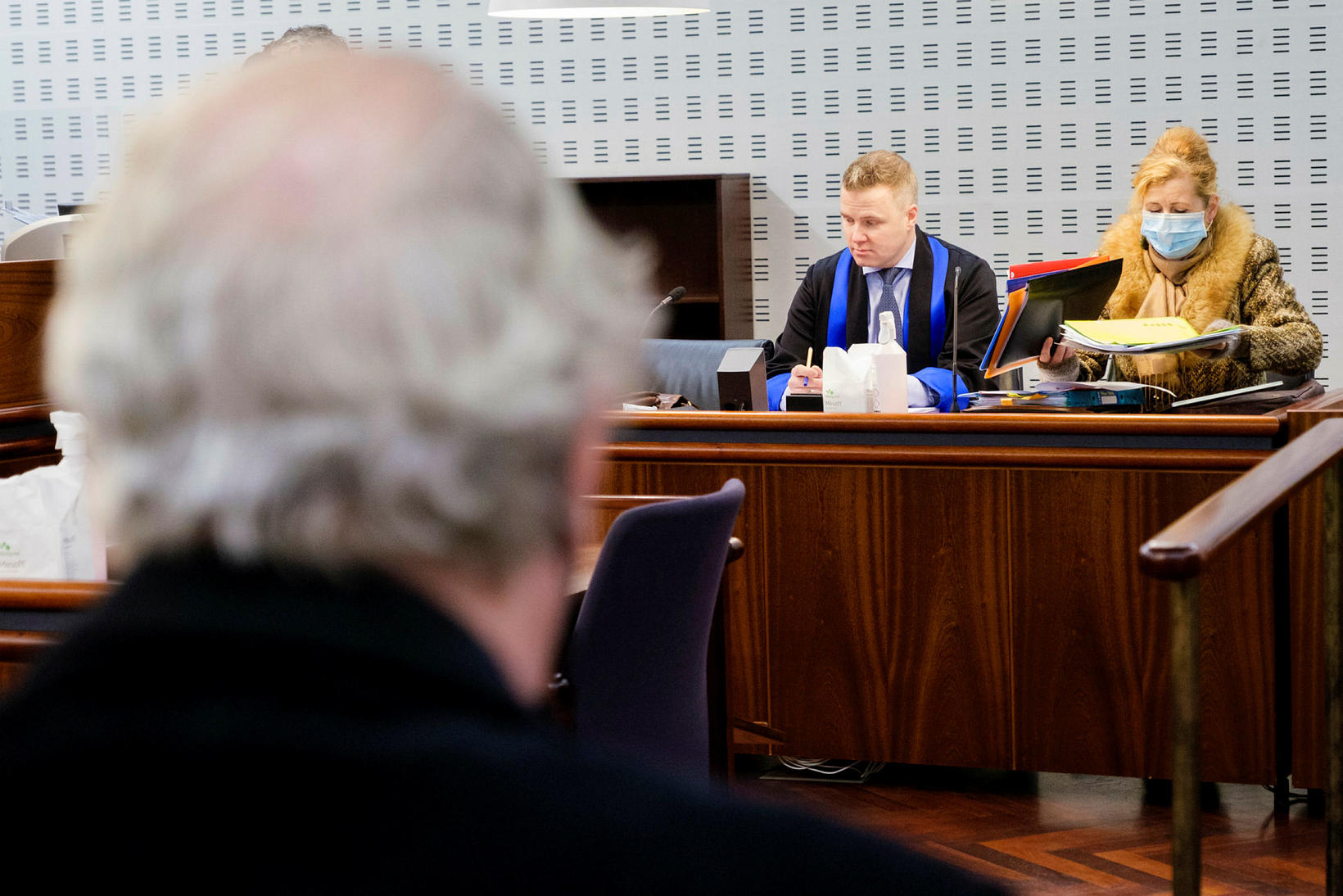 Hnakki Jóns Baldvins Hannibalssonar ásamt Gunnari Inga og Aldísi.