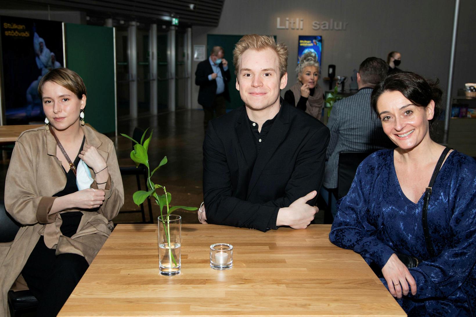 Ninna Rún Pálmadíóttir, Örn Gauti Jóhannsson og Brynhildur Guðjónsdóttir.