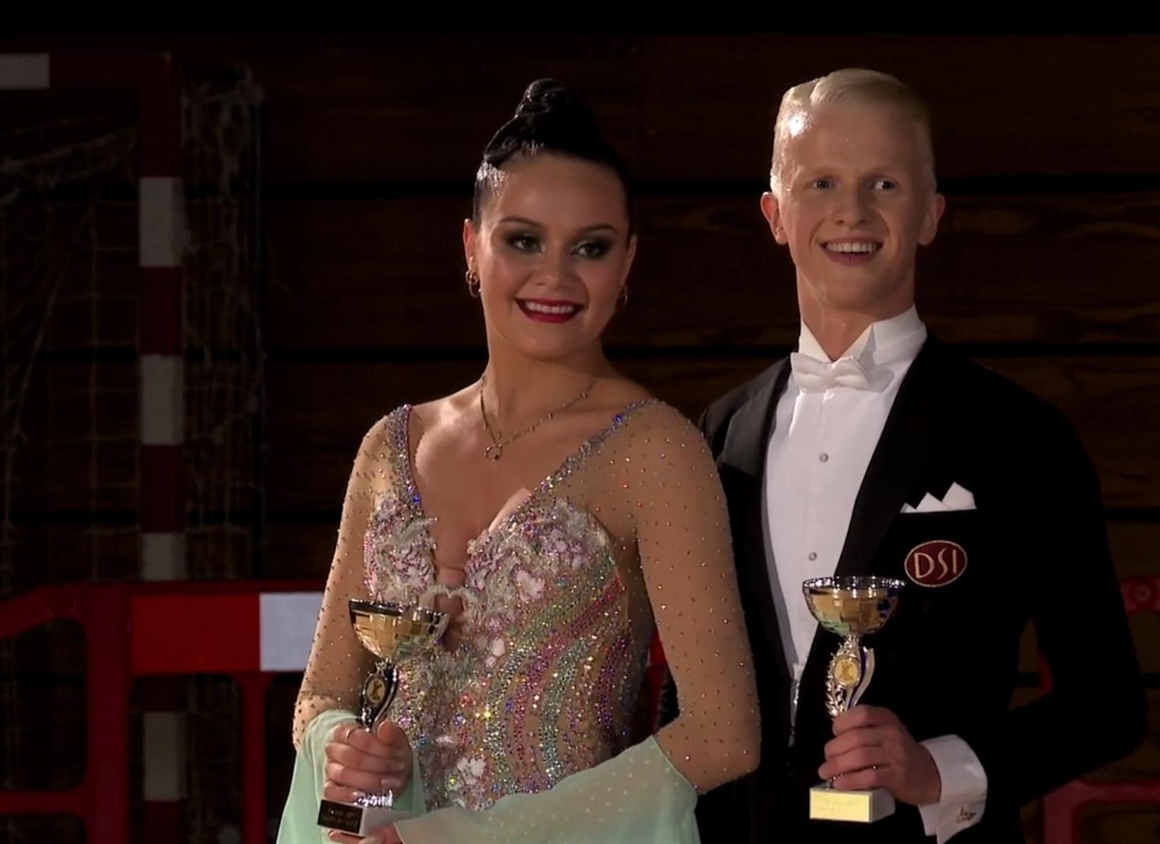 Gylfi Már Hrafnsson og María Tinna Hauksdóttir sigruðu fimm ballroom …