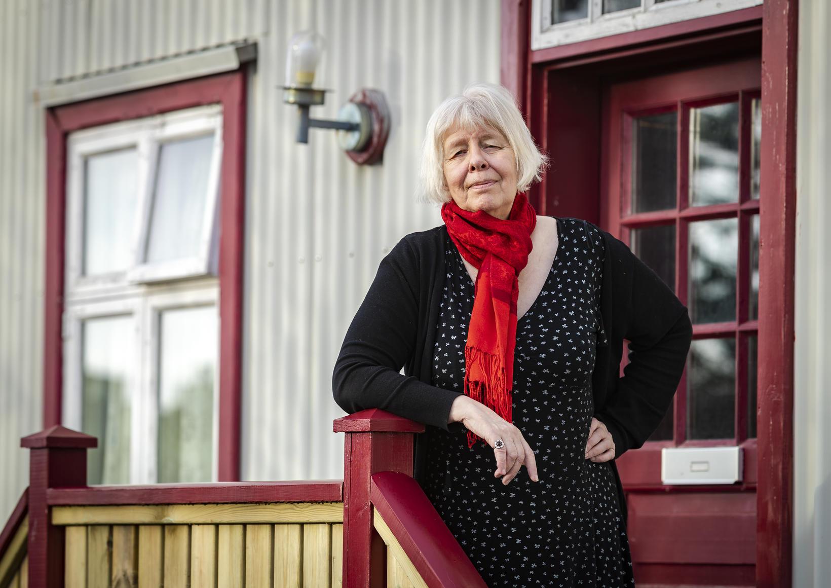 """""""Ég les alltaf ljóð upphátt heima hjá mér og finn …"""