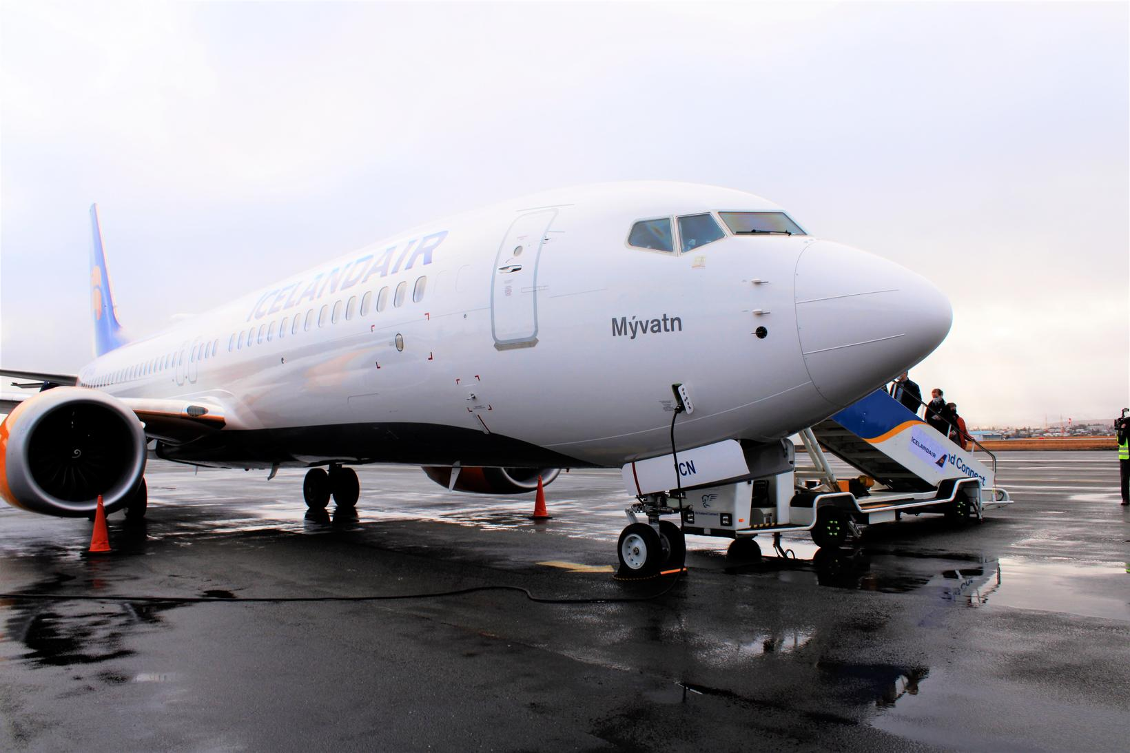 Boeing 737 MAX at Reykjavík Airport.