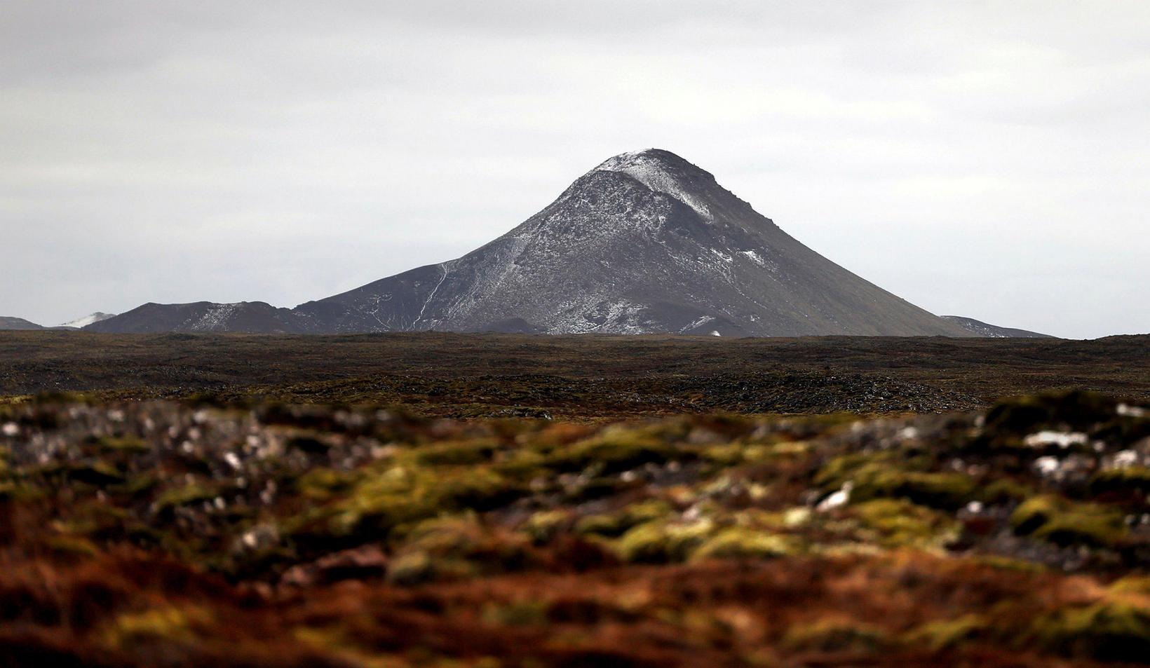 Margir skjálftanna hafa átt upptök sín við Keili.
