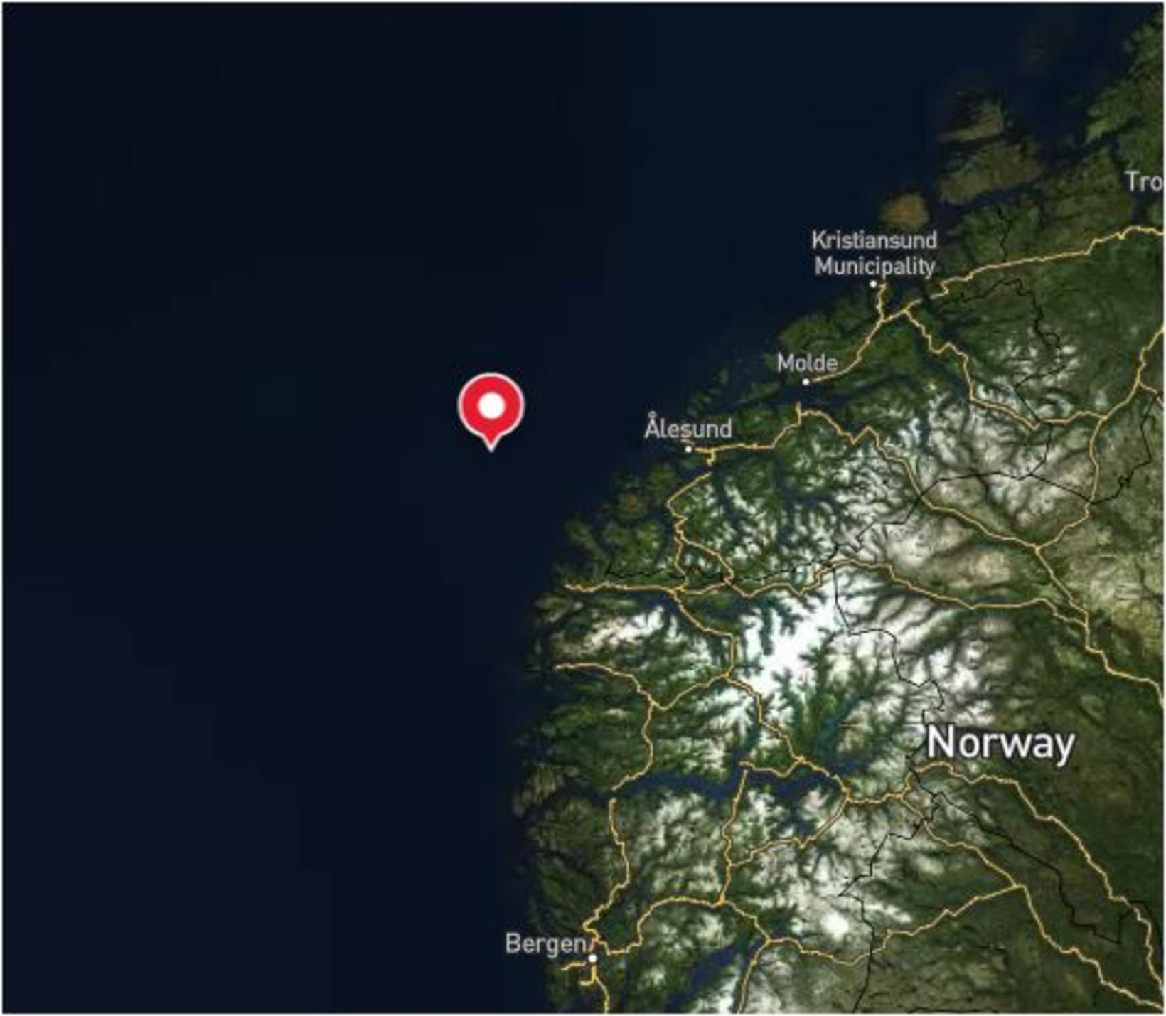 Eemslift Hendrika var statt um 60 sjómílur út af Ålesund …