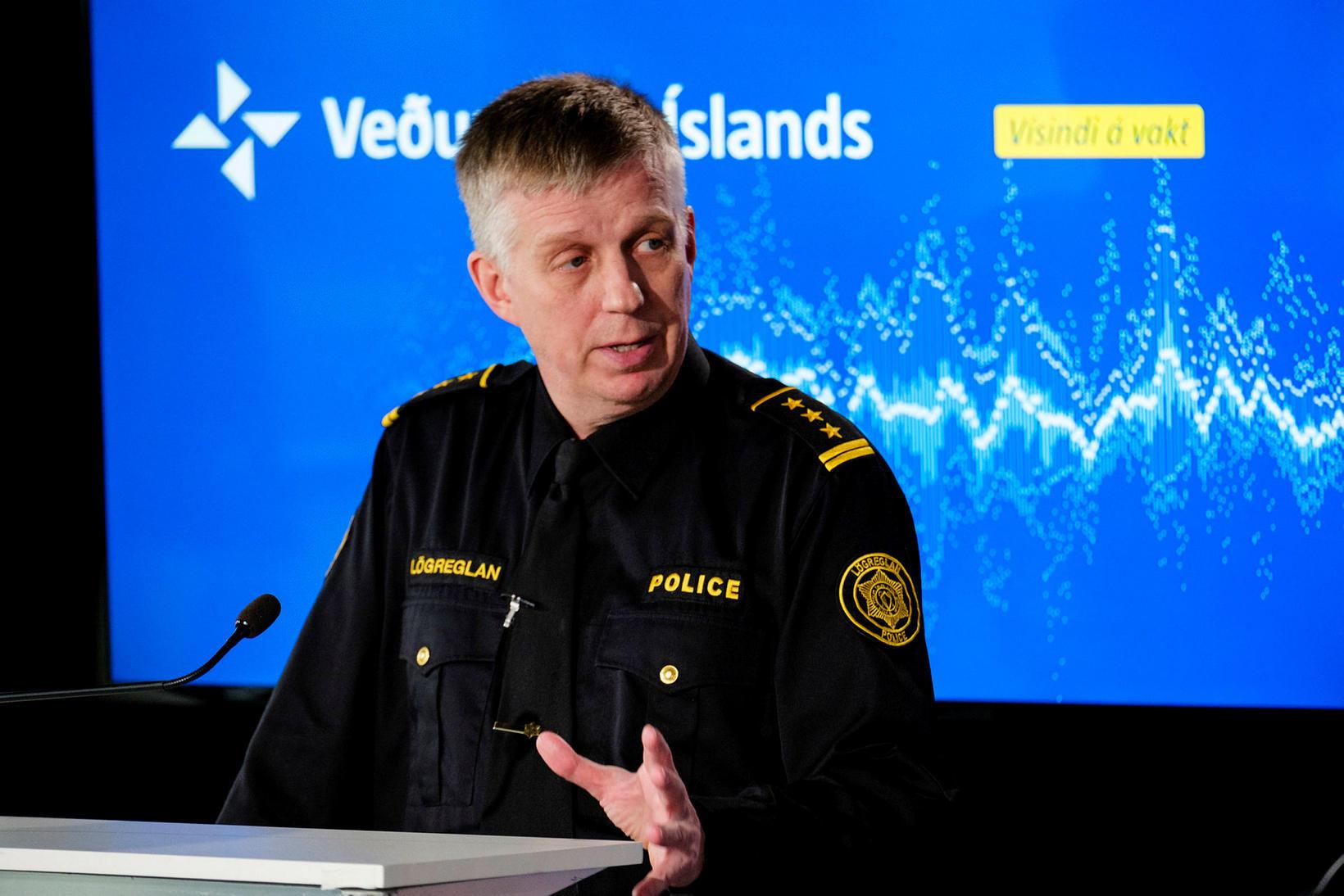 Víðir Reynisson, yfirlögregluþjónn hjá almannavarnadeild ríkislögreglustjóra, hefur í nægu að …