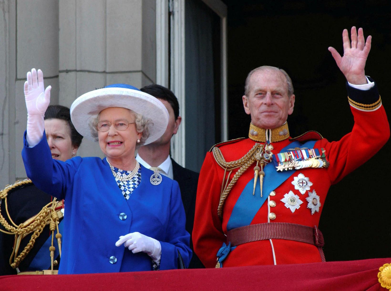 Elísabet Englandsdrottning og Filippus prins árið 2003.