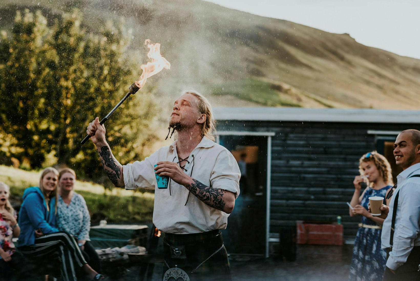 Góðar stundir festar á filmu á brúðkaupsdaginn.
