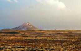 Keilir mountain.