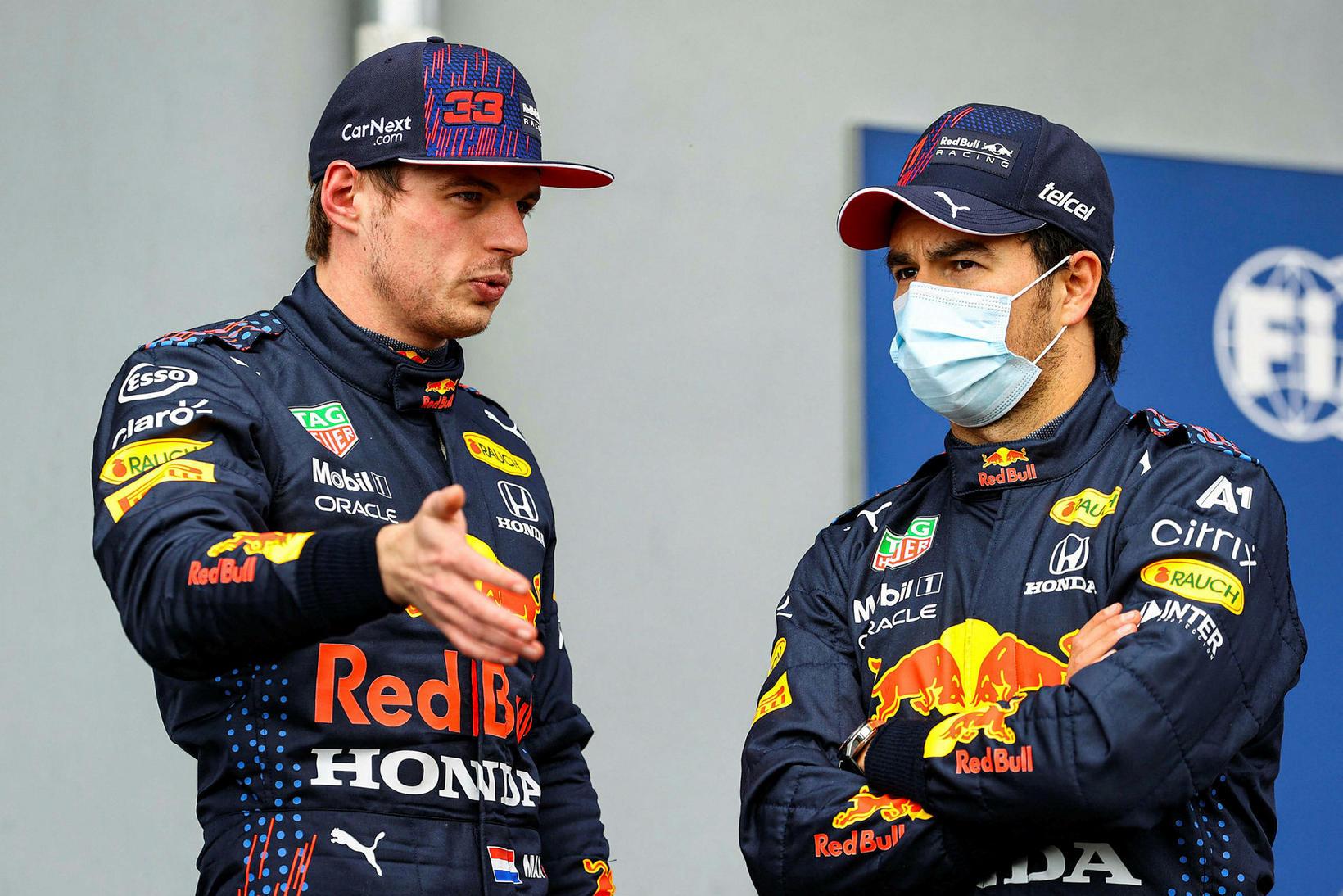 Ökumenn Red Bull, Max Verstappen t.v. og Sergio Perez til …