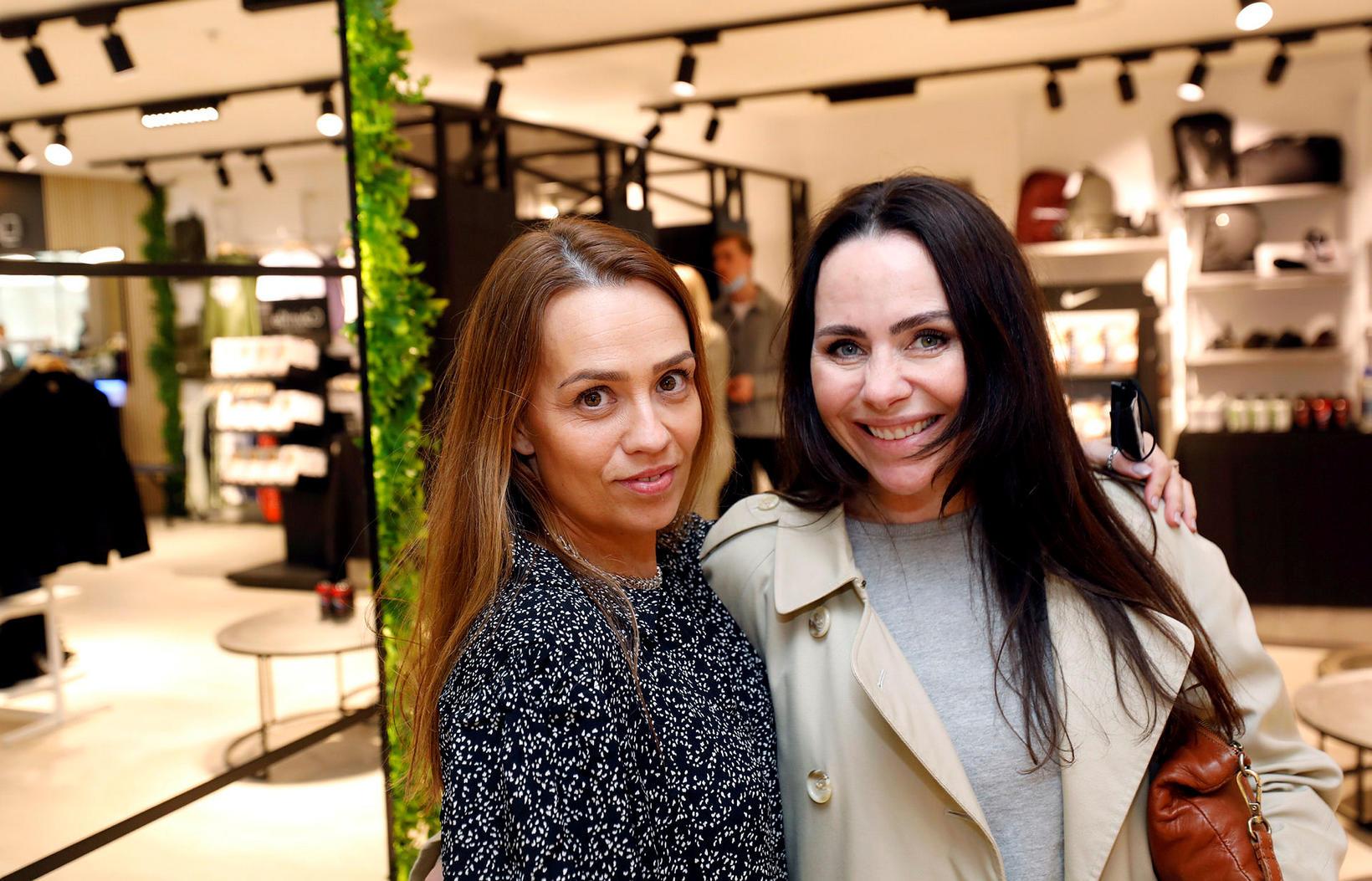 María Einarsdóttir og Andrea Magnúsdóttir.