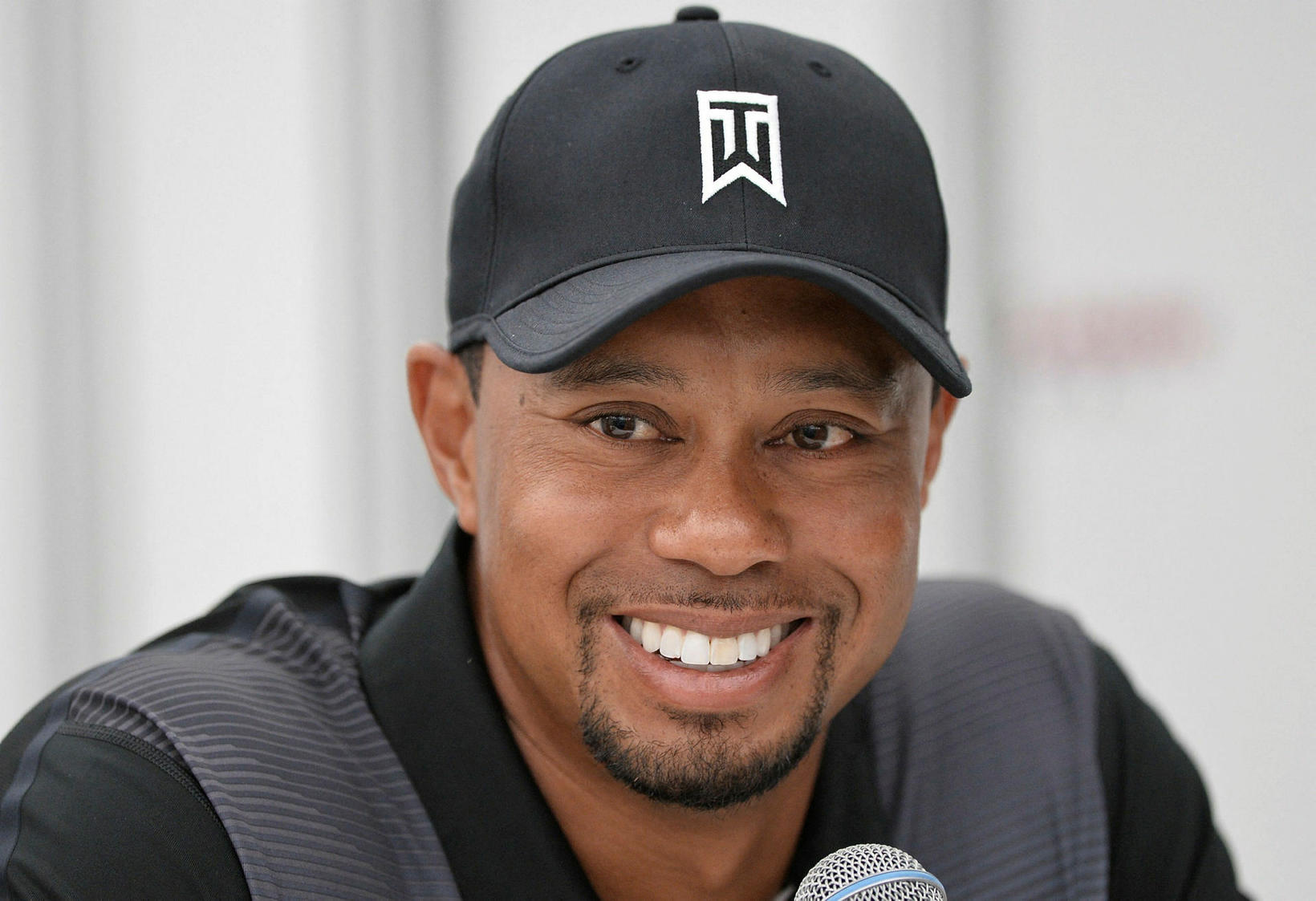 Tiger Woods er aftur mættur á golfvöllinn.