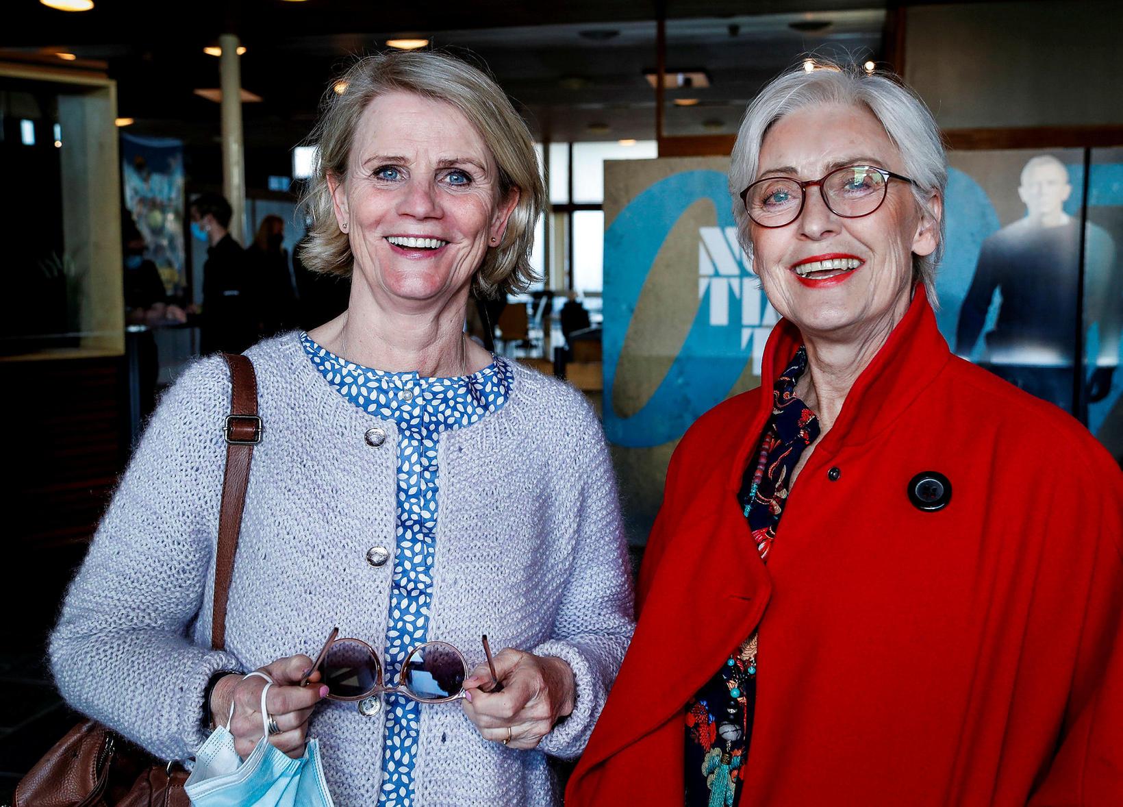 Unnur Birgisdóttir og Ragnheiður Steindórsdóttir.