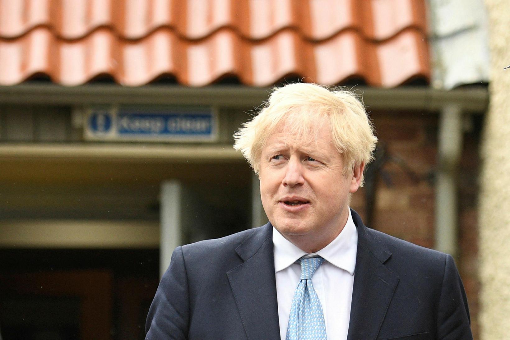Johnson má vera sáttur við niðurstöðurnar í Englandi.