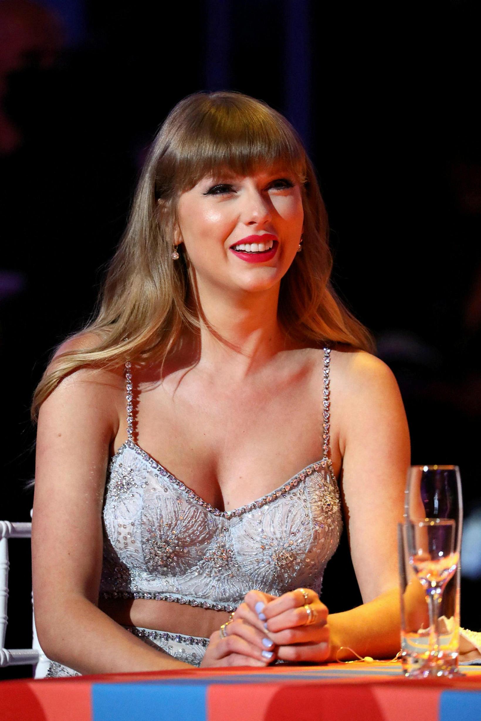 Taylor Swift í MiuMiu.