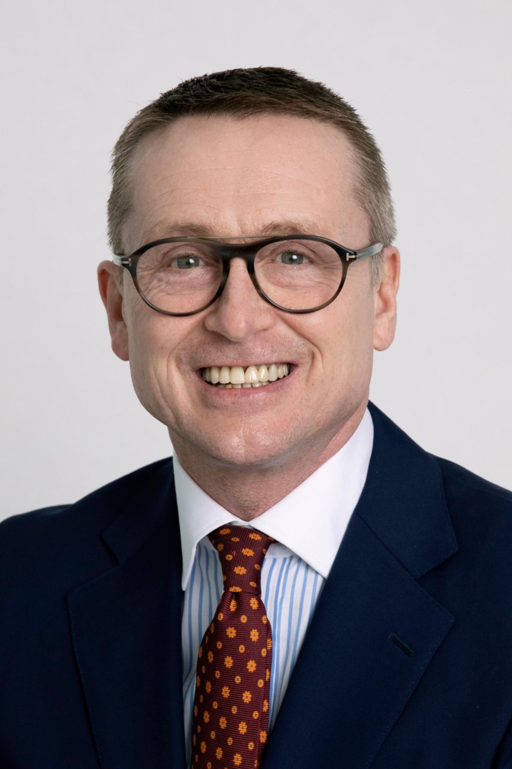 Óskar Finnsson kom að hönnun sósanna.
