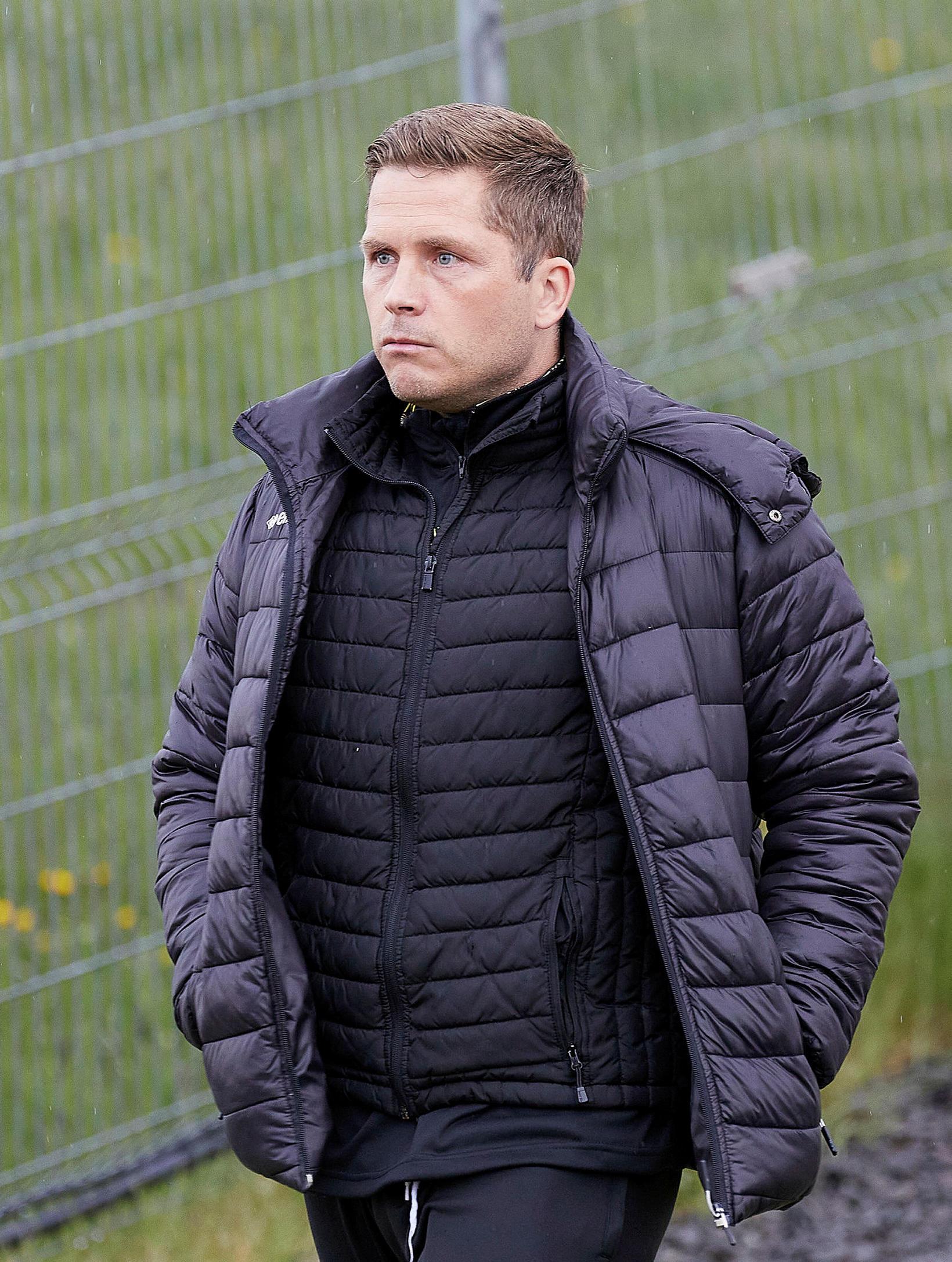 Jóhannes Karl Guðjónsson gengur til leiks á Akranesi í kvöld.