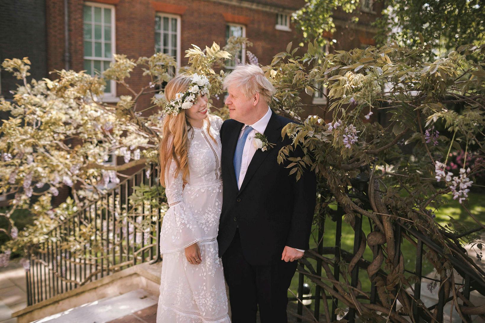 Carrie og Boris Johnson voru glæsileg á brúðkaupsdaginn.