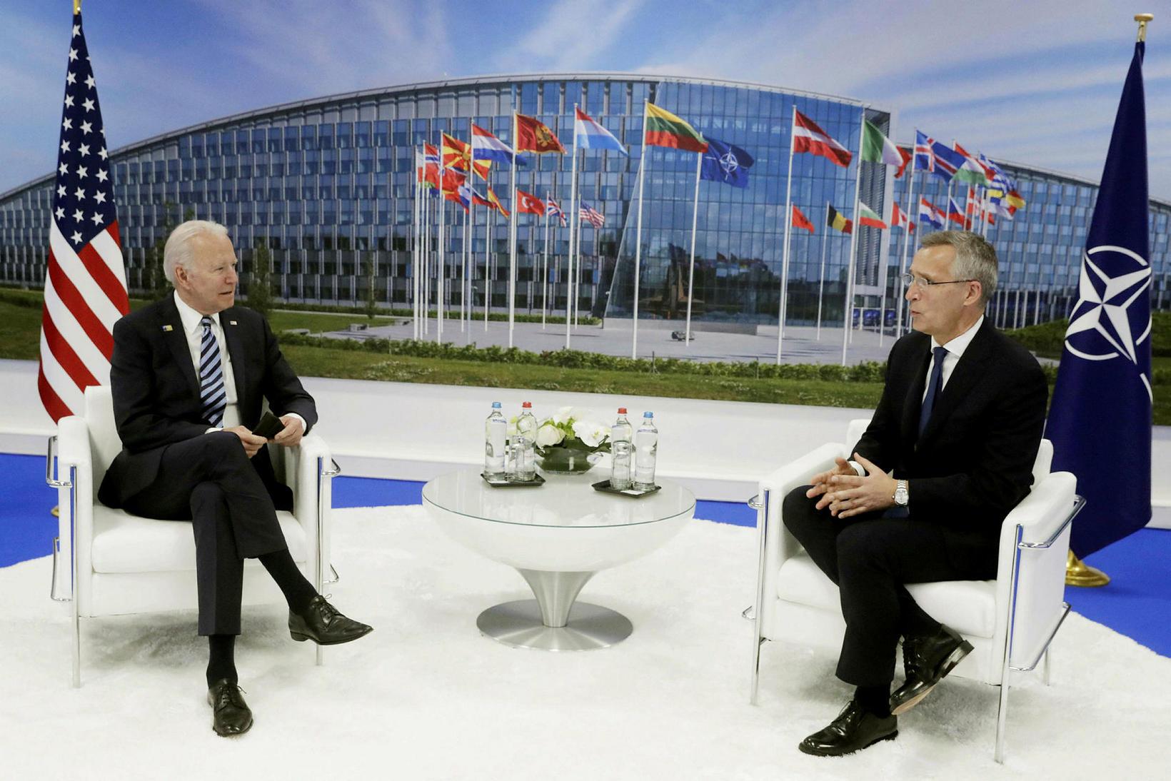 Joe Biden, forseti Bandaríkjanna og Jens Stoltenberg, framkvæmdastjóri Atlantshafsbandalagsins.