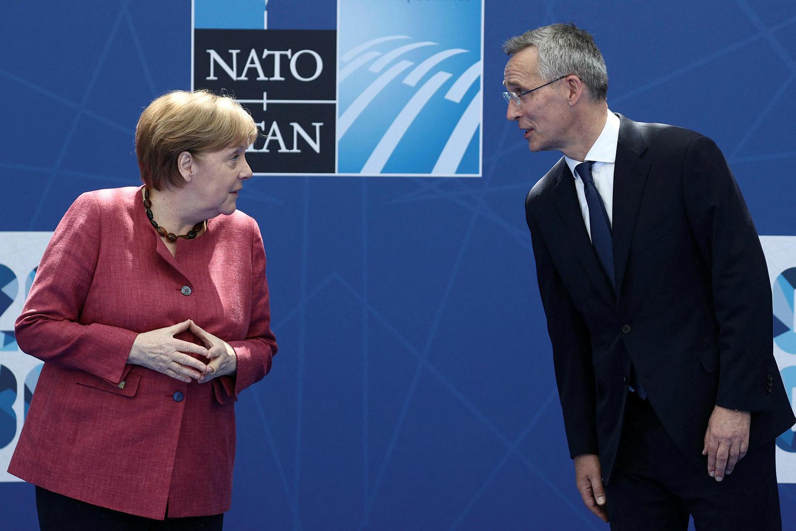 Angela Merkel, kanslari Þýskalands og Jens Stoltenberg.