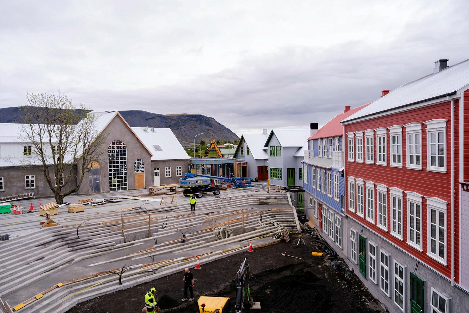 Verslanir og veitingahús verða í nýja miðbæjarkjarnanum á Selfossi.