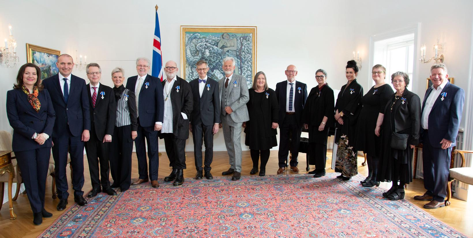 Fálkaorðuhafarnir við afhendinguna á Bessastöðum í dag.