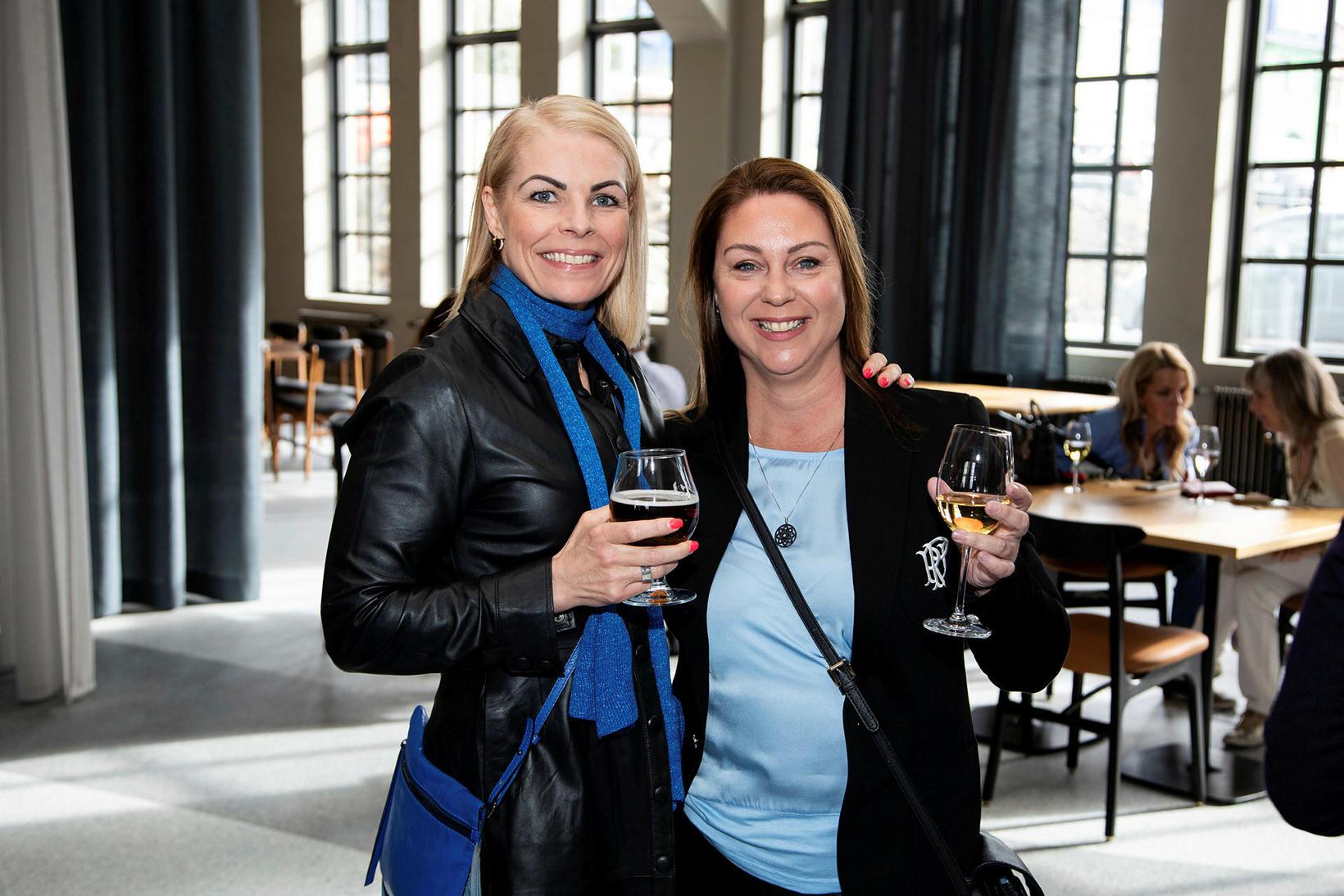 Hildur Björk Guðmundsdóttir og Vaka Reynisdóttir.