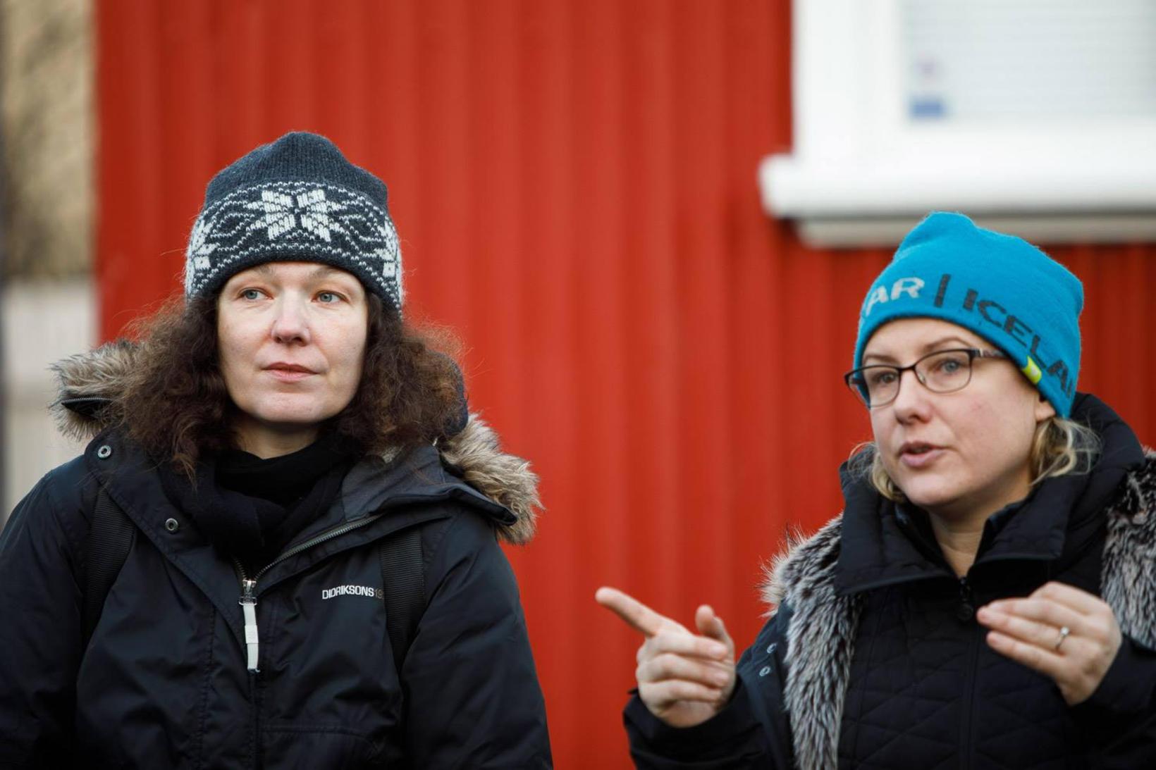 Karolina Lewicka leikstjóri (t.v.) og Kristin Fieldhous kvikmyndatökustjóri.