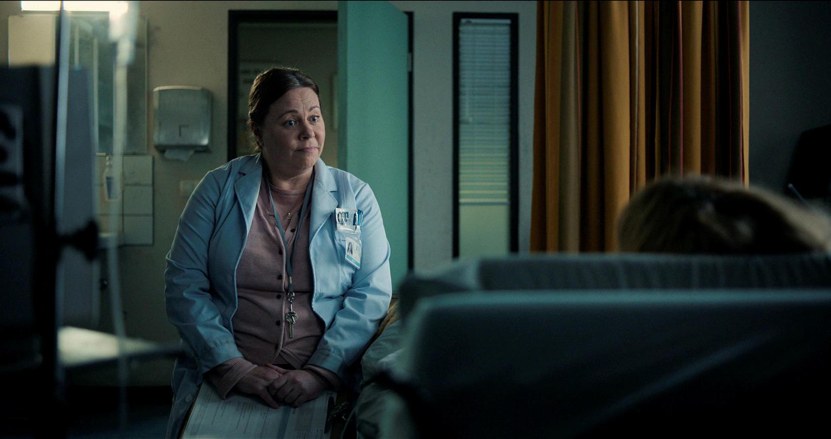 Helga Braga leikur Vigdísi í Kötlu á Netflix.