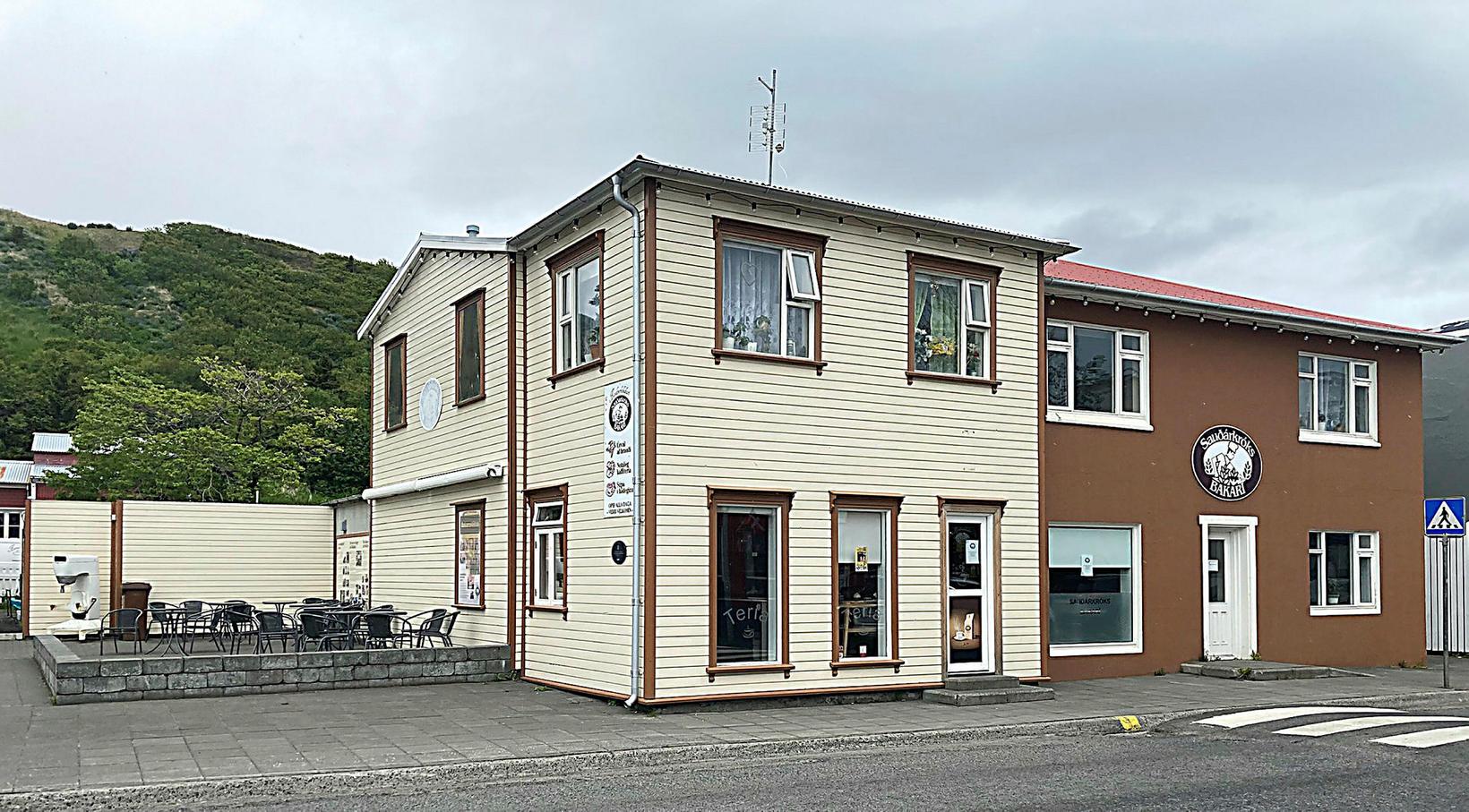 Bakaríið hefur verið við Aðalgötu í meira en 80 ár, …