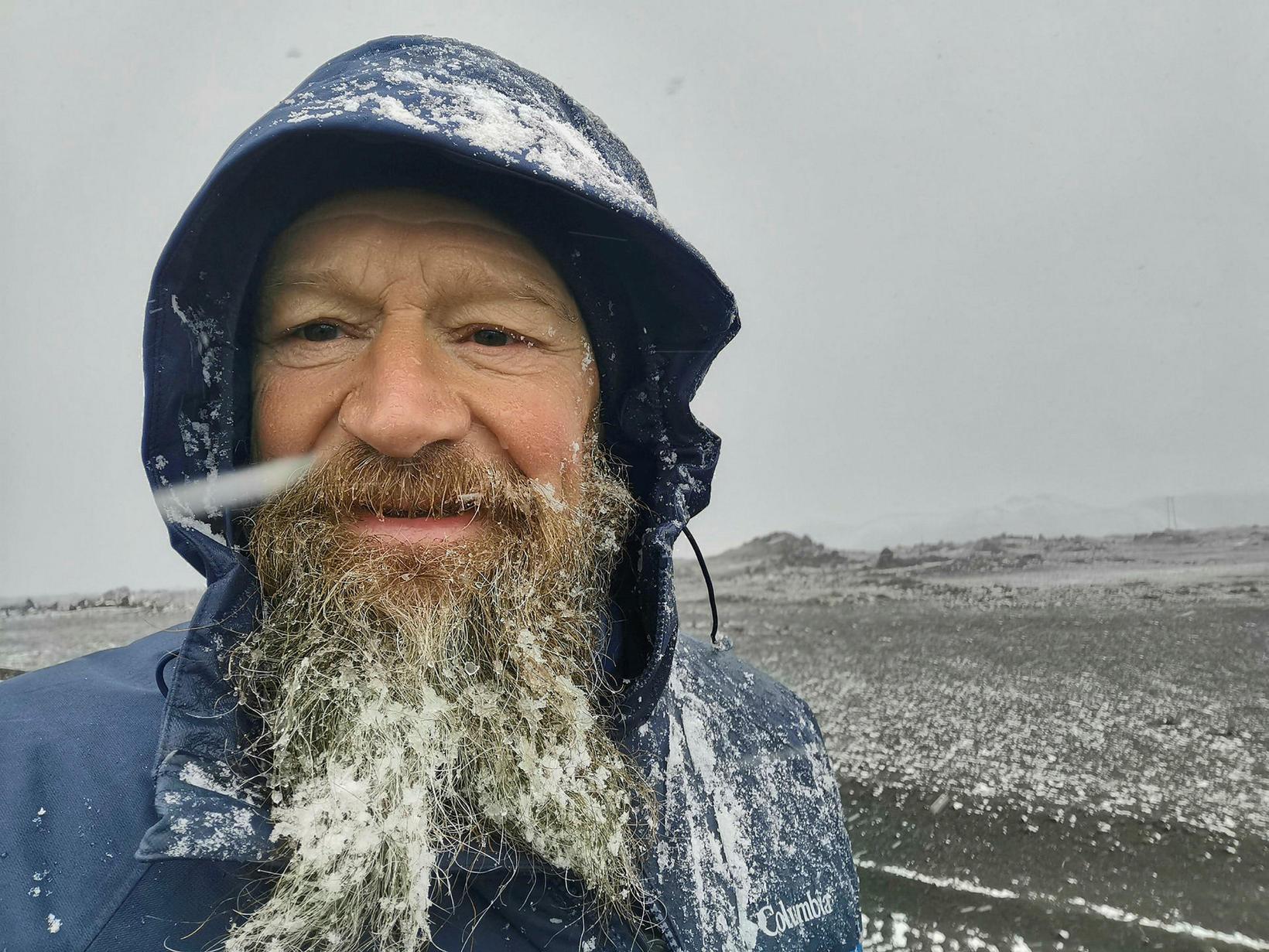 Mikill snjór í skeggi Thierrys Danzins þrátt fyrir sumaryl í …