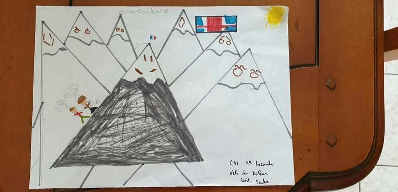 Fjöldi franskra barna teiknaði myndir af þeim og sendi þeim …