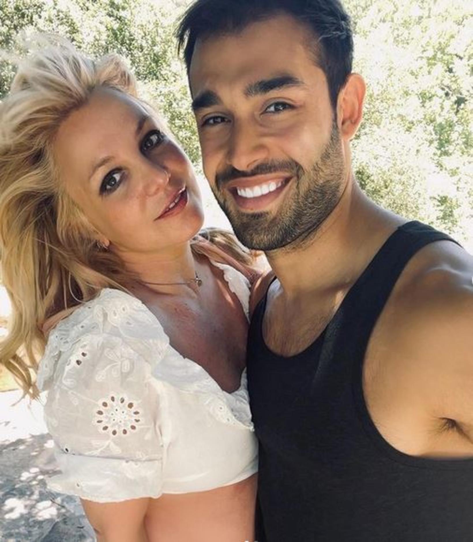 Britney Spears og unnustinn hennar Sam Asghari.