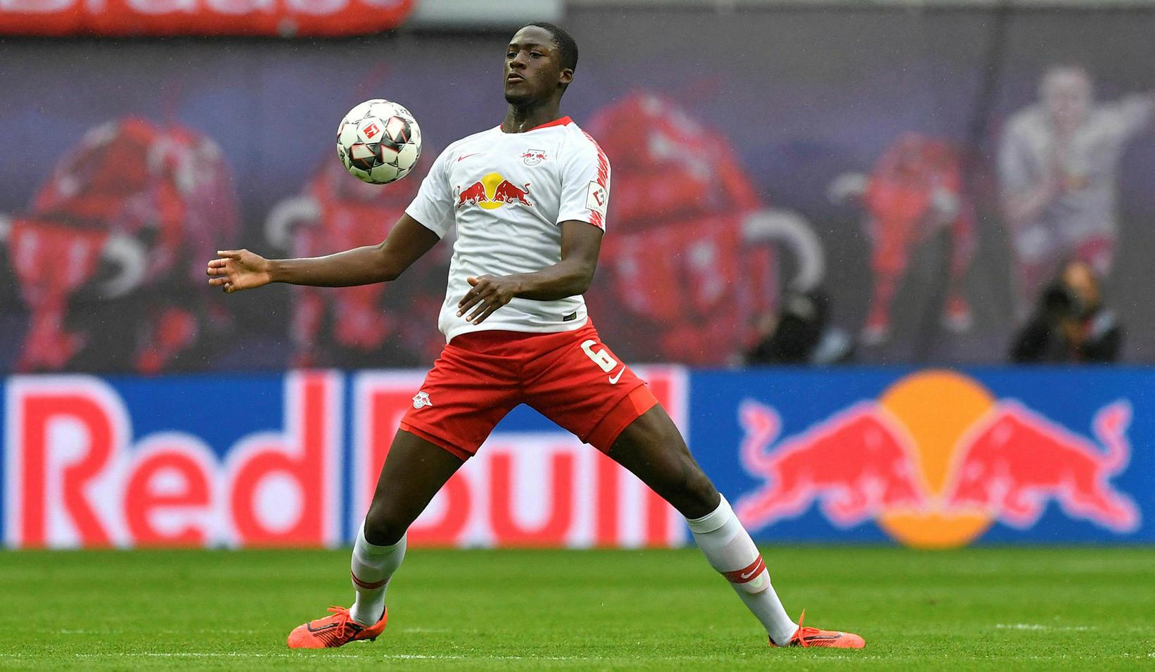 Franski miðvörðurinn Ibrahima Konaté er kominn til Liverpool frá RB …