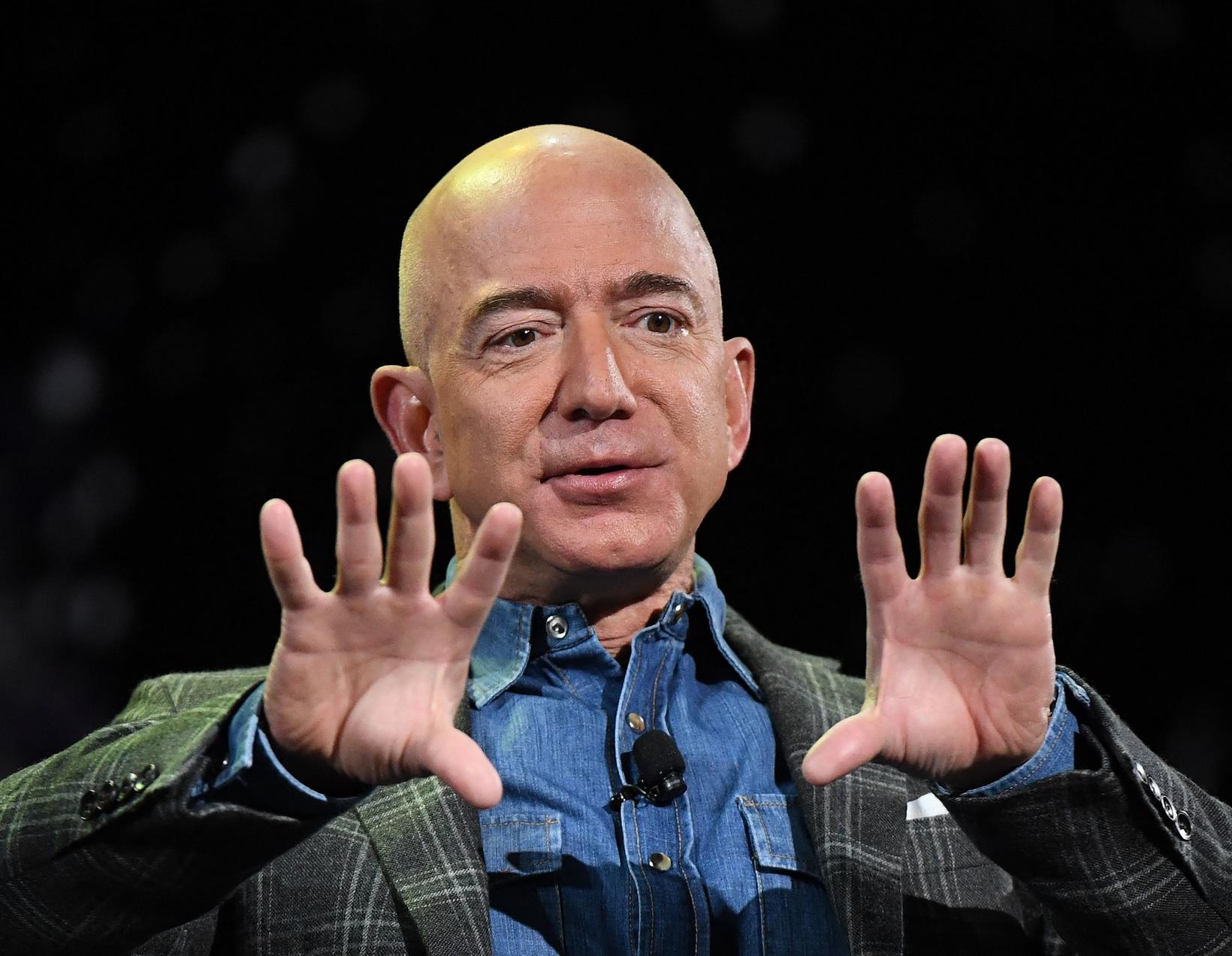 Jeff Bezos er floginn út í geim og Andy Jassy …